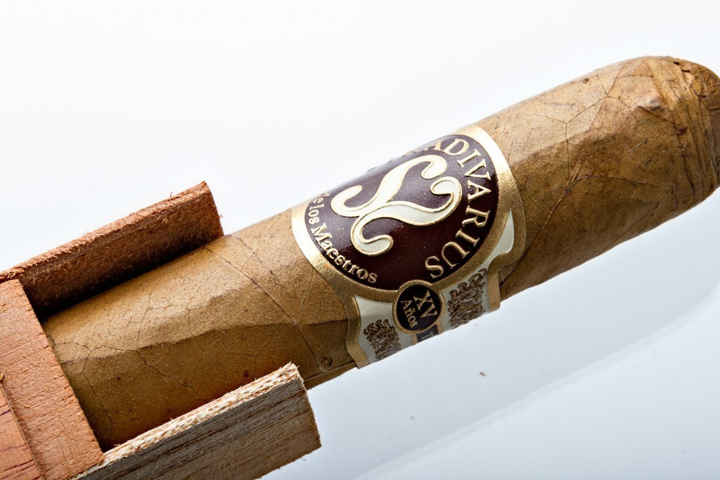 stradivarius churchill cigar price, expensive cigars