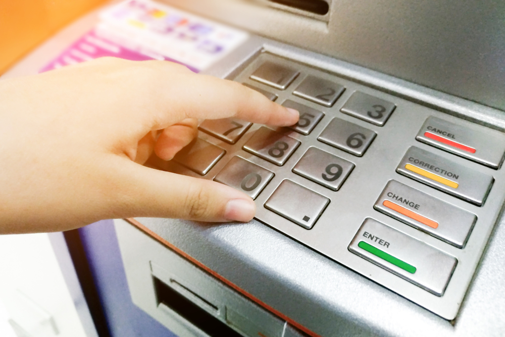 atm fees withdrawing money