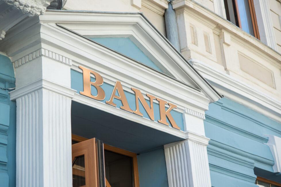 How Do Banks Make Money? Here's 11 Ways